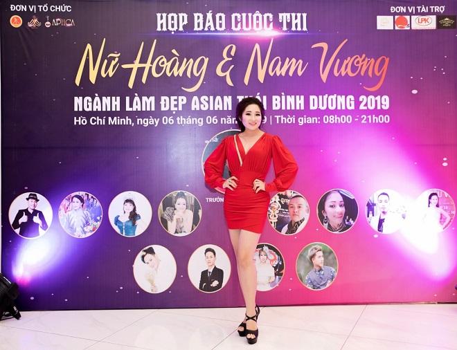 CEO Ngân Hà duyên dáng xuất hiện tại họp báo Nữ hoàng & Nam vương ngành làm đẹp APHCA ASIAN 2019