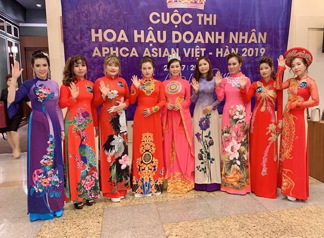 Bich-Tran-hoa-hau-doanh-nhan-APHCA ASIAN-Viet-Han1
