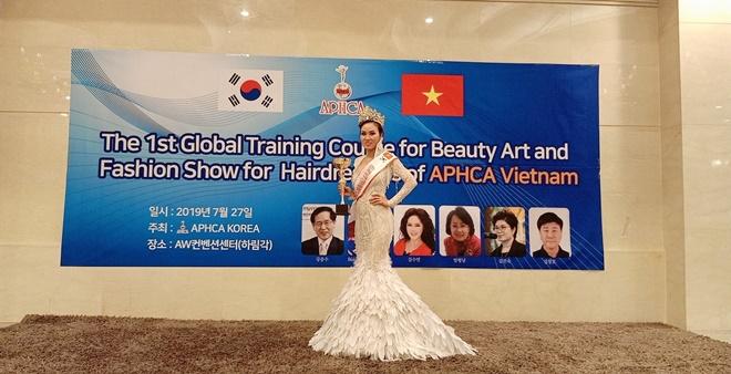 Bich-Tran-hoa-hau-doanh-nhan-APHCA ASIAN-Viet-Han10
