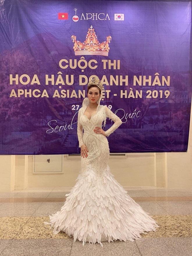 Bich-Tran-hoa-hau-doanh-nhan-APHCA ASIAN-Viet-Han7
