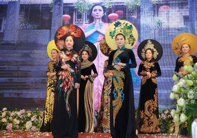 huyen-bi-vietnam-huong-queen-7