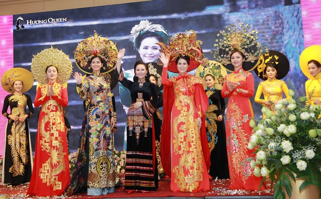 huyen-bi-vietnam-huong-queen-9