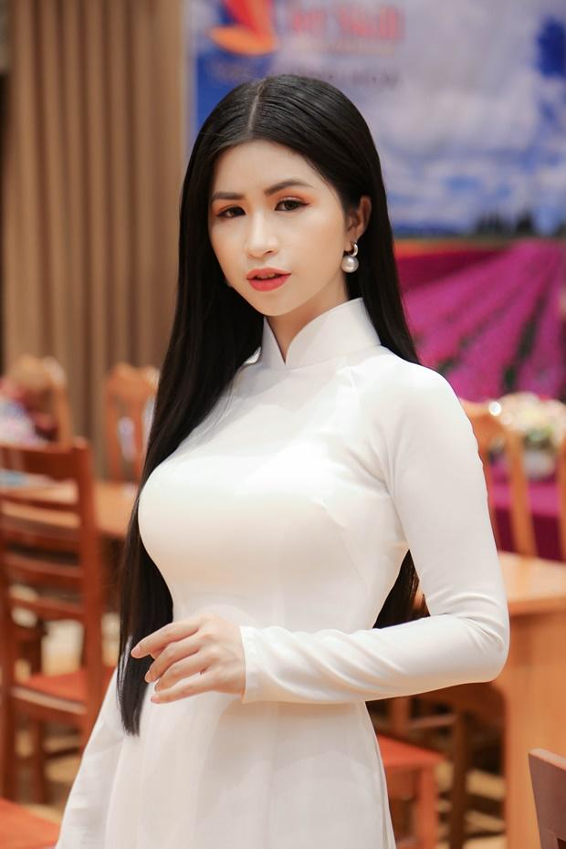 mac-kim-thang-tot-nghiep-1