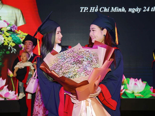 mac-kim-thang-tot-nghiep-6