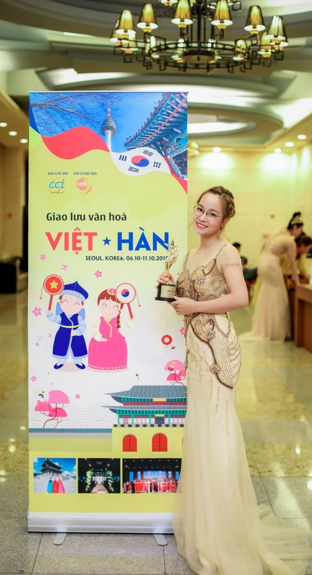 nguyen-thi-thu-hien-han-viet-6