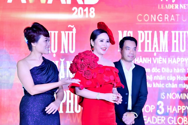 nsut-tran-ly-ly-nguoi-cam-trich-cong-tam-12