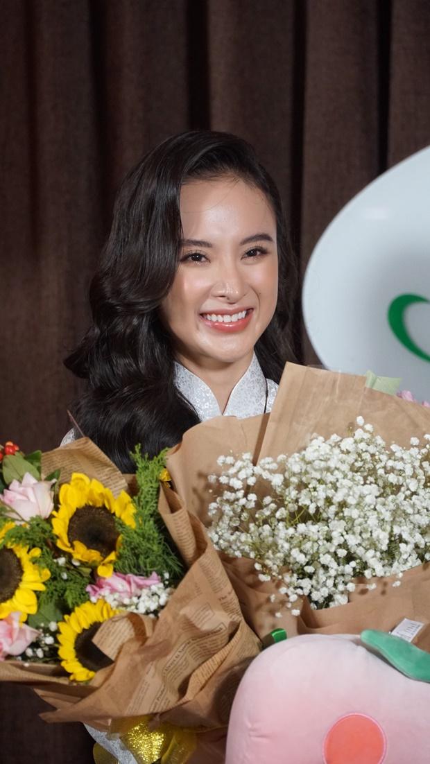 angela-phuong-trinh-tach-tra-13