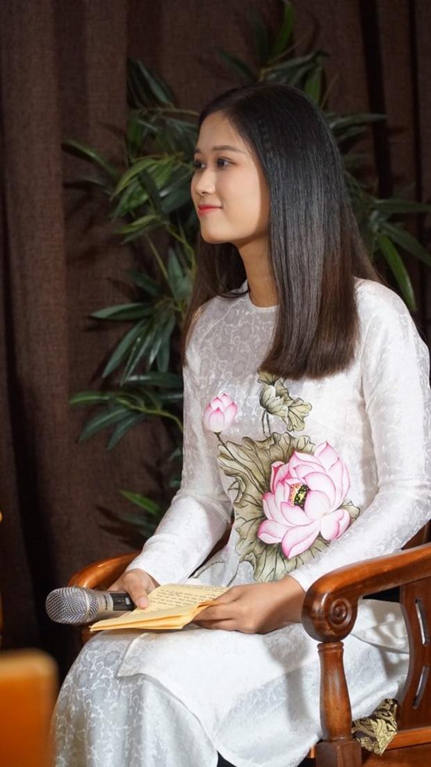 angela-phuong-trinh-tach-tra-19
