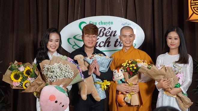 angela-phuong-trinh-tach-tra-7