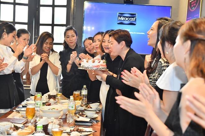 happy-queen-do-nhung-20