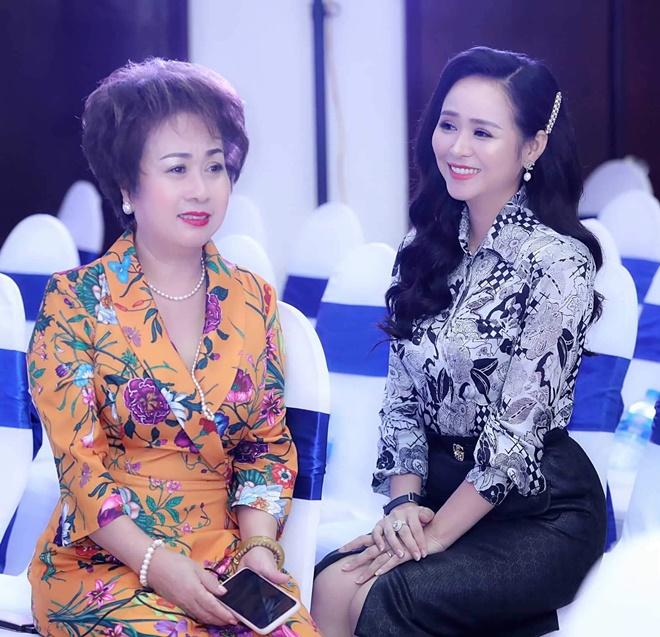 tu-trinh-huong-queen-16