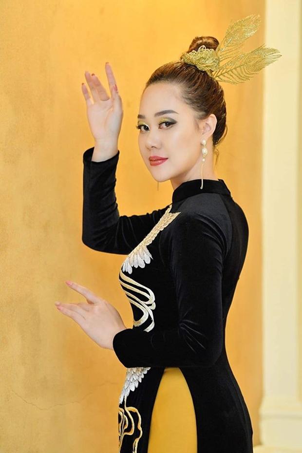 do-thi-van-anh-huong-queen-1