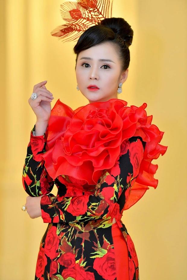 do-thi-van-anh-huong-queen-15