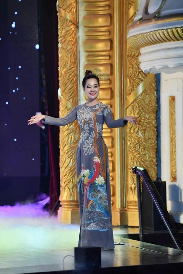 do-thi-van-anh-huong-queen-9