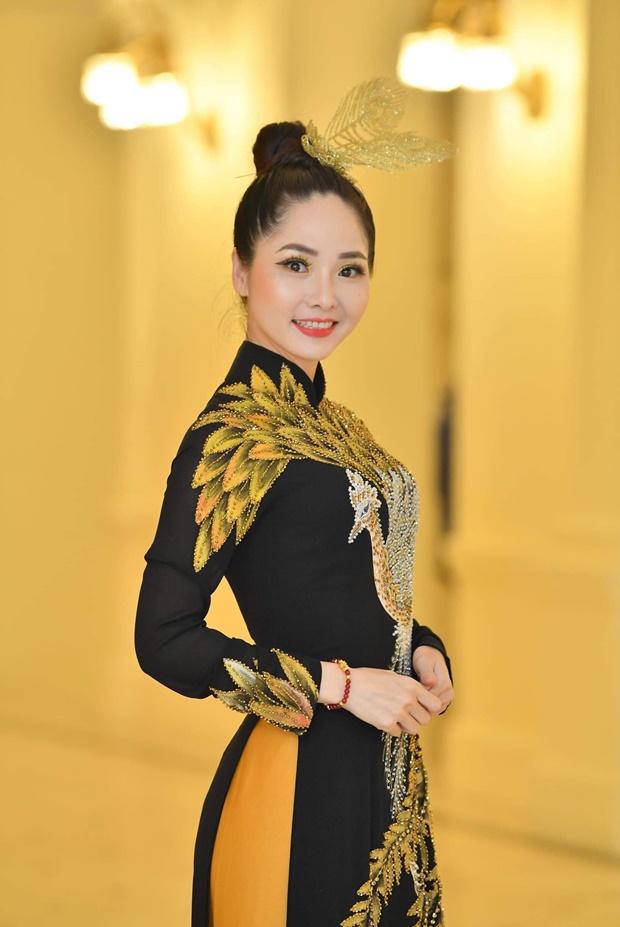 phung-mai-huong-huong-queen-2