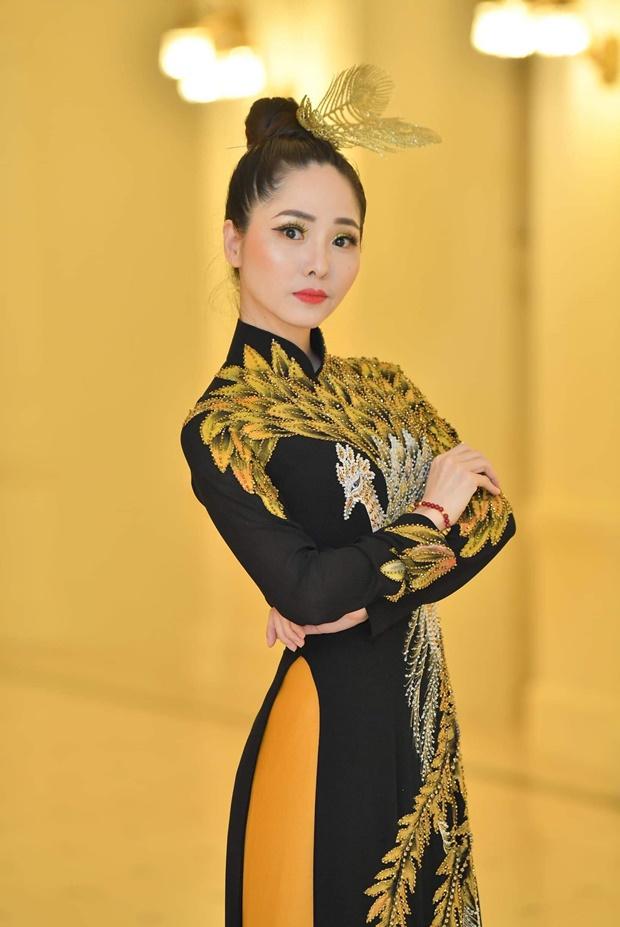 phung-mai-huong-huong-queen-3