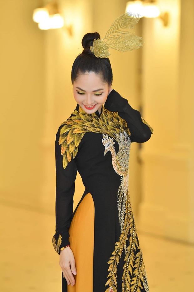 phung-mai-huong-huong-queen-4
