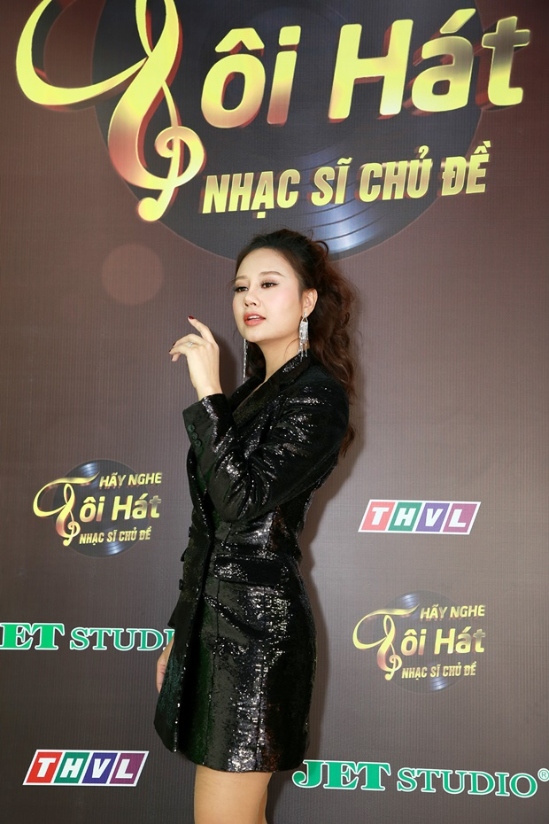 hay-nghe-toi-hat-ha-thuy-anh-7