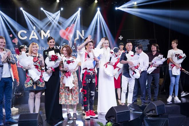 Do-lan-dam-vinh-hung-11