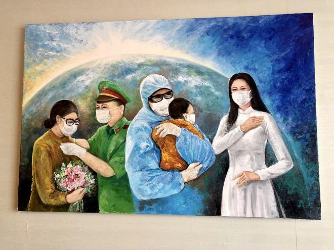 Hoa hau Khanh Van dau gia buc tranh 150 trieu dong1