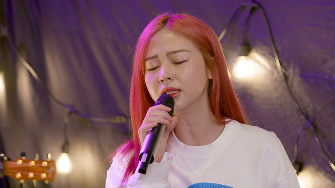 Liz Kim Cương2