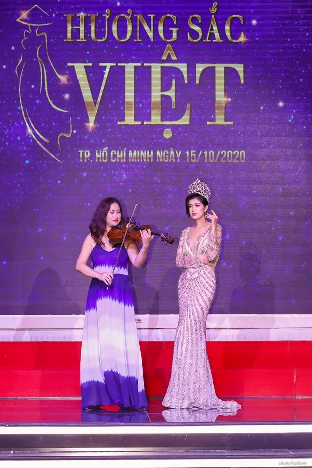 ho-oanh-yen-huong-sac-viet-5