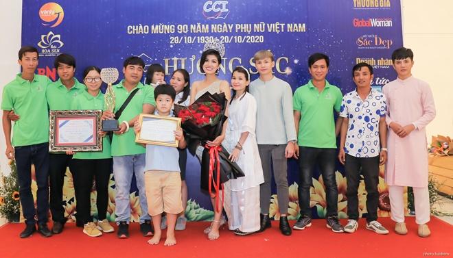 ho-oanh-yen-huong-sac-viet-8