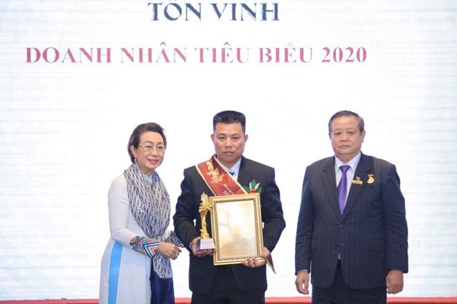 nhu-van-nghia-nhoc-nhan-9