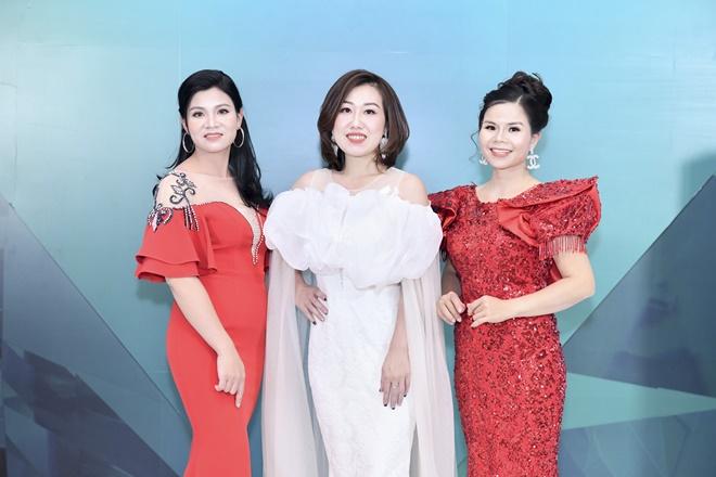 hong-nhung-ruby-queen-4