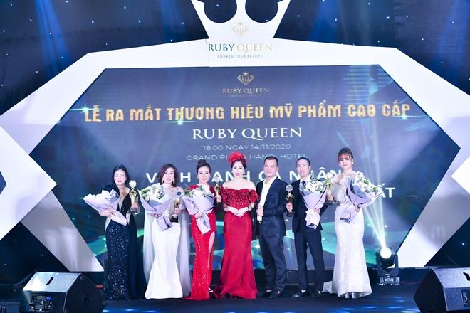 thu-yen-ruby-queen-10