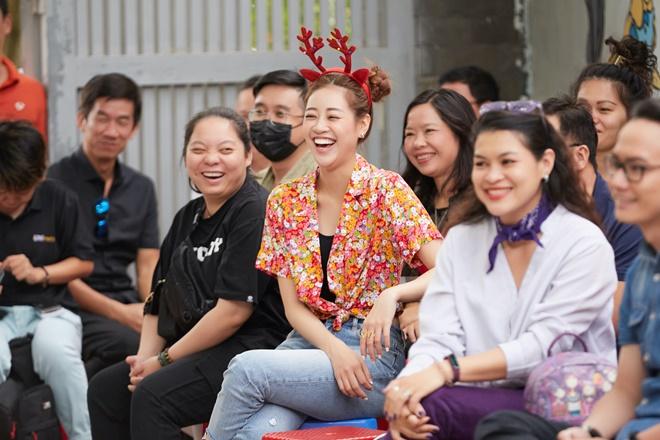 Hoa hau Khanh Van_Giang Sinh OBV30