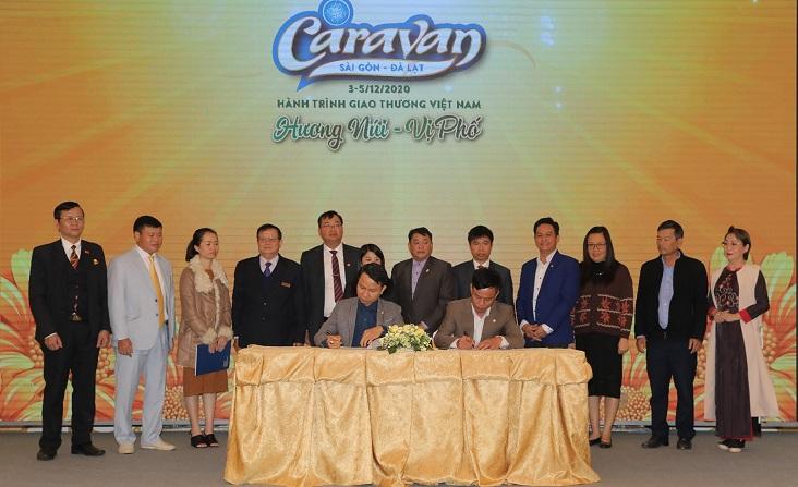 caravan-huong-nui-vi-pho-3