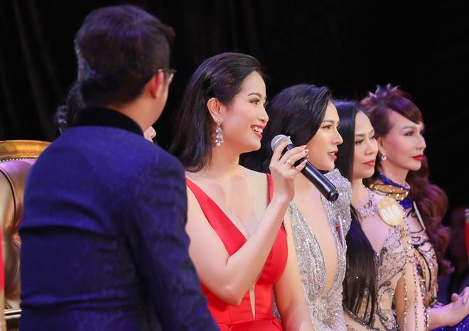 kim-ngan-hoahau-ao-dai-13