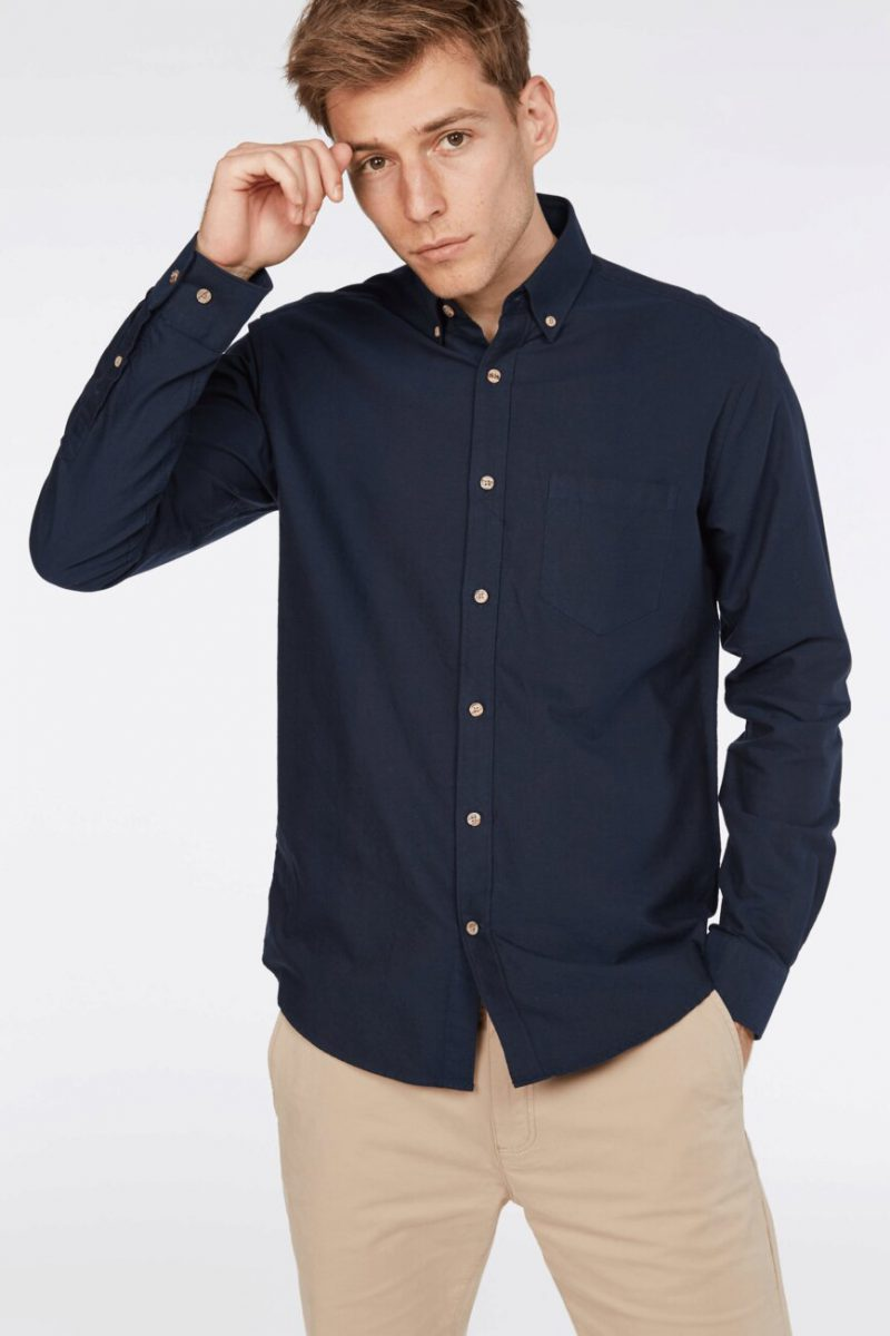 thatcher-oxford-shirt-navy-by-barkers-497_product_gray_868x1306